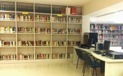 La biblioteca de Almedinilla celebra el Día del Libro con la incorporación de más de un centenar de obras