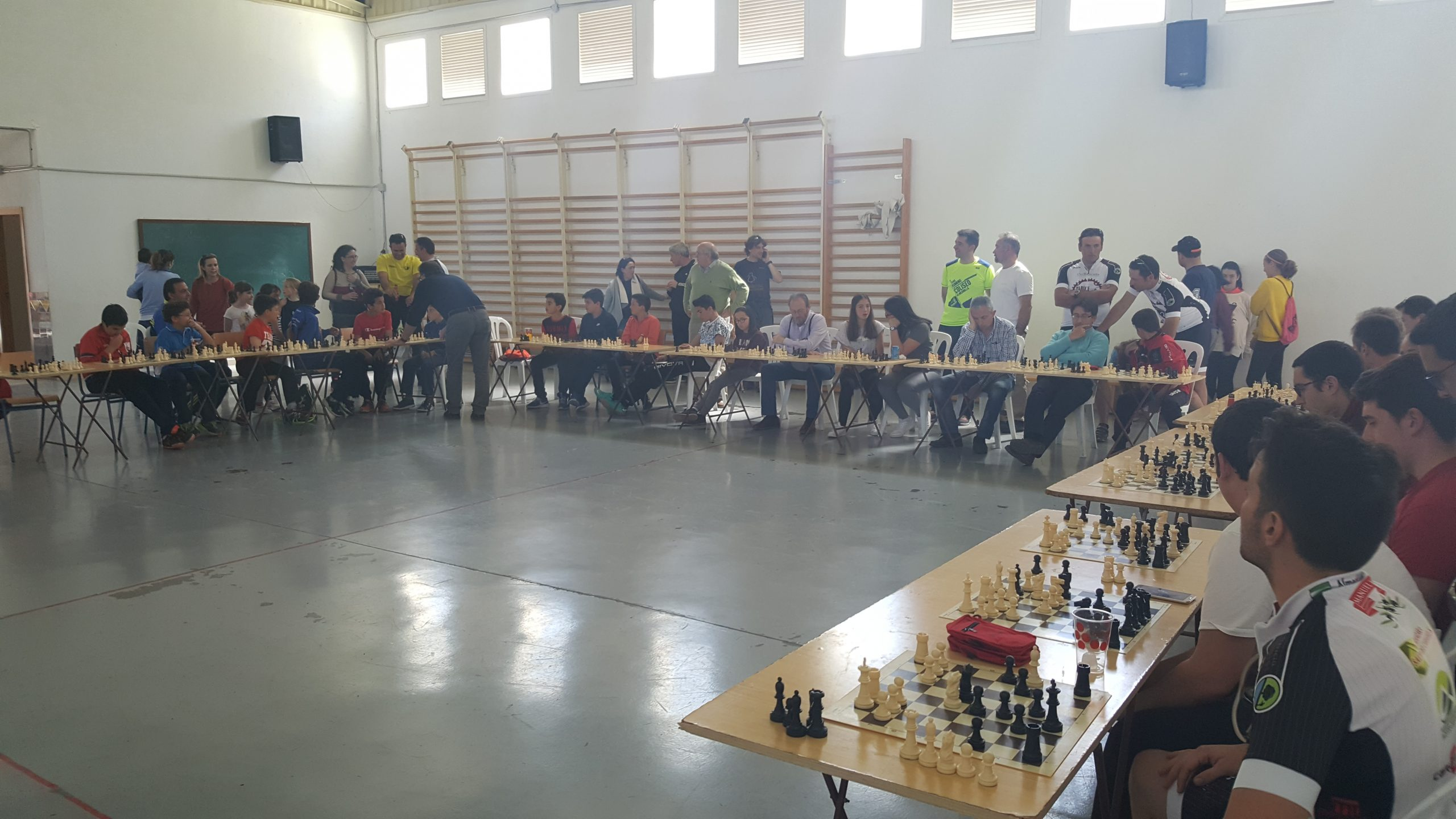 "IV Jornadas Deportivas Solidarias ""Quítate 2 Kilos"" 2"