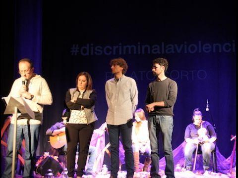 "FALLO DEL JURADO ""DISCRIMINA LA VIOLENCIA"""