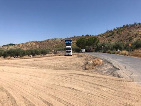 Corte de Carretera CO-8202 de Los Rios y Sileras. 1