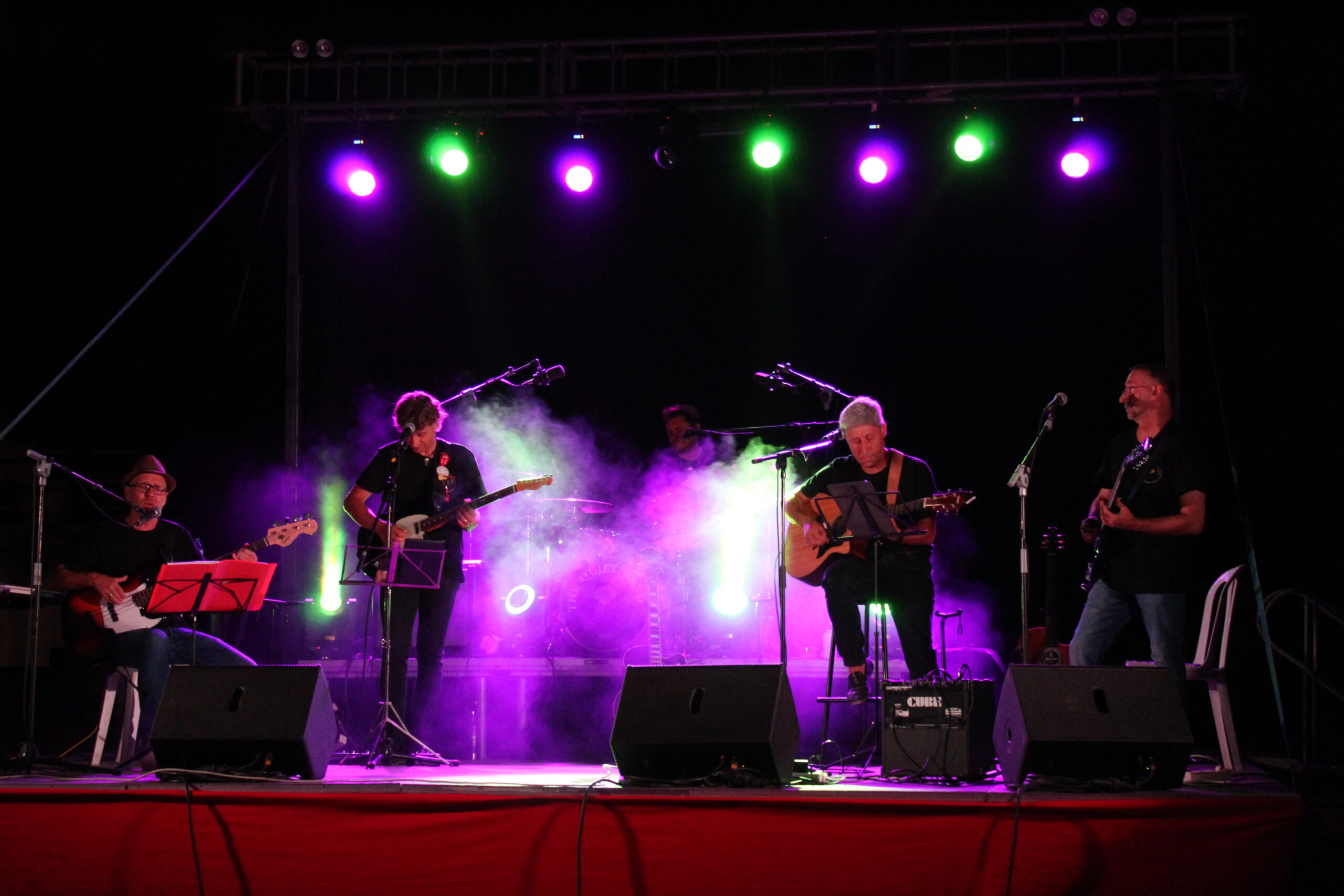 The Quiet Band homenajea a The Beatles 1