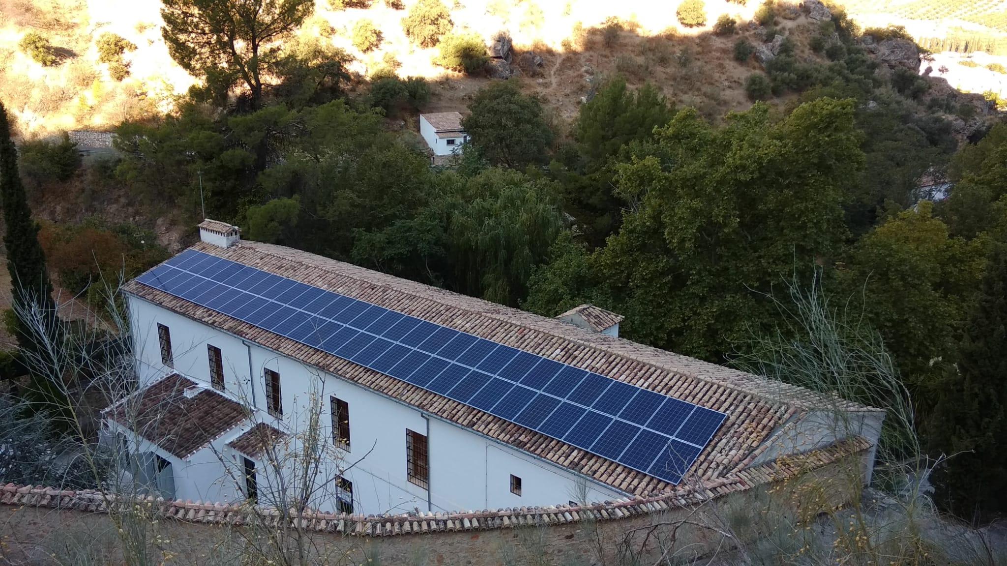 Nueva instalación solar fotovoltaica para bombeo de agua en Almedinilla 1