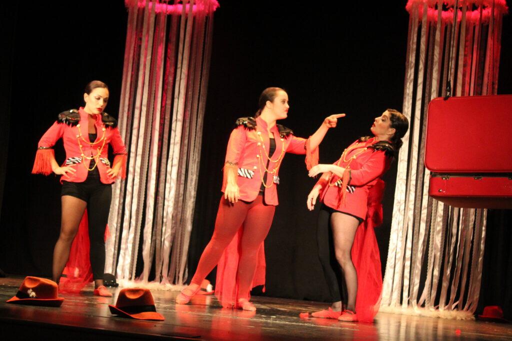"""""""Titánicas"""", teatro por la inclusión 1"""