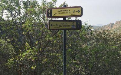 Se renuevan paneles y señalética en espacios turísticos